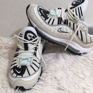Nike Air Max 98 Running Shoe